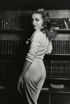 Julie Newmar photographed by Peter Basch, 1960.