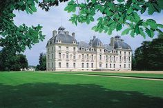 Château de Cheverny - 17th century French Castle inspired Tintin author Hergé to use in his comic books.