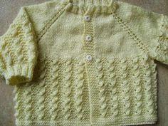 - repetir a carr carr) (borda), *laç, laç, tem com laç, laç Baby Knitting Patterns, Baby Patterns, Crochet Patterns, Knit Baby Sweaters, Toddler Sweater, Crochet Shawl, Knit Crochet, Crochet Butterfly, Bebe Baby
