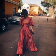 Easy Fashion Tips .Easy Fashion Tips Elegant Outfit, Elegant Dresses, Pretty Dresses, Gala Dresses, Evening Dresses, Wedding Guest Style, Paris Chic, Coco Mademoiselle, Cooler Look