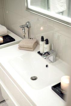 Char and the city - Bathroom