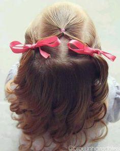 ¿Quieres inspirarte con los mejores peinados y tocados 'casual' para que tus niñas vayan al cole con la cara despejada y así de guapas?