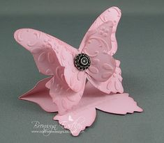 cute butterfly easel card using the beautiful butterfly die