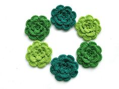Crochet flowers motif in green colors. Crochet appliques for clothes, craft and DIY. Flowers embellishment and scrapbooking Crochet Flower Patterns, Crochet Mandala, Afghan Crochet Patterns, Flower Applique, Crochet Motif, Irish Crochet, Crochet Flowers, Free Crochet, Crochet Appliques