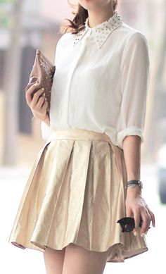 I really like this skirt and the details on the shirt collar. Great work outfit.