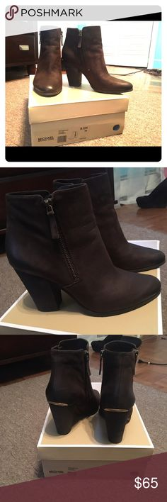 Michael kors Denver booties coffee size 8.5 Cute comfortable booties that go great with anything! Worn once comes with box Michael Kors Shoes Heeled Boots
