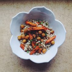 Slow Club Cookery.: Israeli Couscous with Za'atar-Roasted Chickpeas and Carrots