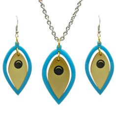 Peacock Feather Set Matching Set of Beautiful Bright Turquoise and Golden Acrylic Peacock Feathers A Real Statement finished with Sterling silver hook earrings accompanied by a 16-18 inch stainless steel Chain In many cultures Peacock is considered a sacred animal. In ancient Egypt , Peacock symbolized wisdom, vision and clairvoyance. Chain Pendant and earrings Size Approximately 1.5-2 inches