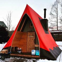 Sweet setup #camper #tent #camping #outdoors #outdoorsman #outdoorlife #naturelover #natureaddict #snow #luxury #outdoor #campinglife