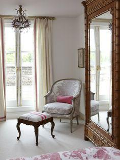 Dramatic Wardrobe | photo Stacey Brandford | Sarah Richardson Design | House & Home