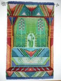 Taikaholvi Ryijy - Sirkka Könönen Textile Patterns, Textiles, Rya Rug, Quirky Art, Cool Rugs, Rug Hooking, Modern Rugs, Norway, Weaving