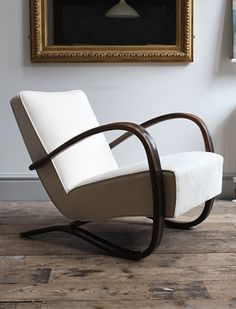 A beautiful H269 chair designed in the early 1930s by Jindrich Halabala for Spojené UP Závody.