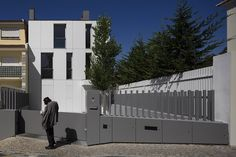 """Chic All-White House Surrounded by way of Green Area in Parede, Portugal , Humberto Condehas recently completed the Parede 11 project, a modern residence located in the countryside, in Portugal. The exquisite home, which seems a little bit """"cramped"""" by other traditional dwellings surrounding it, was smartly built to enha , Admin ,..."""