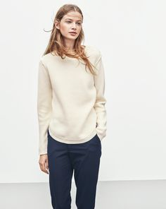 Essential everyday style with buttoning at the shoulder and a flattering rounded bottom shape with small slits at the sides. Classic soft cotton wool rib that has a certain, very comfortable warmth to it, ideal for the colder months. Scandinavian Fashion, Bra Tops, Everyday Fashion, Knitwear, Normcore, Buttons, Pullover, Wool, My Style