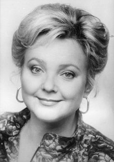 On November we celebrate the seventy-fifth birthday of the extraordinary Slovak soprano Lucia Popp, a favorite soloist with the Chicago Symphony Orchestra between 1970 and According… Die Young, Opera Singers, Beautiful Voice, Orchestra, Biography, The Voice, Composers, Celebrities, Divas