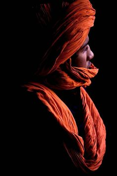 Africa | Tuareg man photographed in Morocco