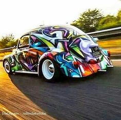 Volkswagen – One Stop Classic Car News & Tips Auto Volkswagen, Volkswagon Bug, Vw Rat Rod, Vw Super Beetle, Vw Bugs, Car Painting, Vw Beetles, Slammed, Art Cars