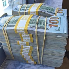 how to make money at home fast extra cash,how to make money at home fast to work… - College Scholarships Money On My Mind, My Money, Make Money From Home, How To Make Money, Rich Money, Money Box, Money Stacks, Gold Money, Merian
