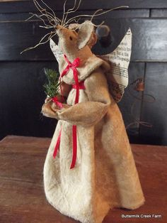 primitive christmas angel mouse by buttermilkcreekfarm on etsy christmas sewing primitive christmas christmas projects