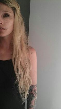 #halfie #blond #girl #tattoo #tattooed #bini #binshe #carina #biene