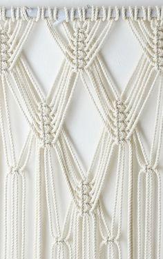 Macrame Art, Macrame Design, Macrame Projects, Macrame Curtain, Micro Macramé, Macrame Tutorial, Macrame Patterns, Knots, Weaving