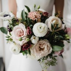 This pink and cream wedding flower bouquet was perfect for a winter wedding. Check out this couple's classy and sophisticated wedding at Hotel William Gray in Old Montreal! #weddingflowers #weddingbouquet #winterwedding