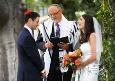 This was a Jewish wedding with all the traditional elements. It began with the badeken the veiling of the kallah by the chatan. Wedding Planner: @booksimplyelegant_diana Floral Design: Laura Miller Design Music: Ben Brussell and Venue: @ucberkeley - Faculty Club