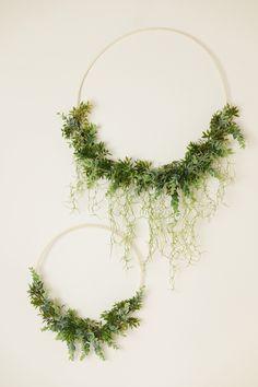 věnce / Zboží prodejce hanacha | Fler.cz Eyfs, Fun Crafts, Wreaths, Outdoors, Wedding Ideas, Fun Diy Crafts, Fun Activities, Door Wreaths, Deco Mesh Wreaths