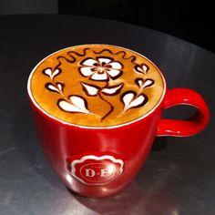 Bella la taza, bello el diseño! Un ganador total :-)