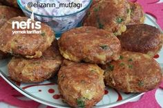 Nefis Patates Köftesi (Muhteşem Bir Lezzet) Tarifi - Videolu Tarif - World Food & Recipes Yummy Recipes, Paleo Recipes, Cooking Recipes, Yummy Food, Healthy Eating Tips, Healthy Nutrition, Turkish Recipes, Ethnic Recipes, Potato Patties