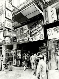 Audio Cinema 1970 – Pınar Seval – Join the world of pin Istanbul City, Istanbul Turkey, Old Photos, Vintage Photos, Istanbul Pictures, Urban Architecture, Historical Pictures, Old City, Berlin Germany