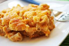 Easy Baked Mac and Cheese (with greek yogurt and without pre-cooking pasta)