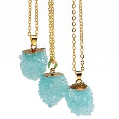 Pretty Blue Necklace This is a beautiful blue imitation stone druzy pendant. Gold toned zinc alloy chain. Chain is about 18 inches plus an additional 2 inch extender. New in package. This listing is for 1 necklace Jewelry Necklaces