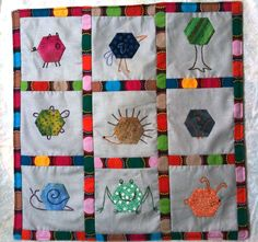 Hexagon critters! How cute is that?  Paperpieces.com