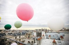 #travelcolorfully balloons over Paris