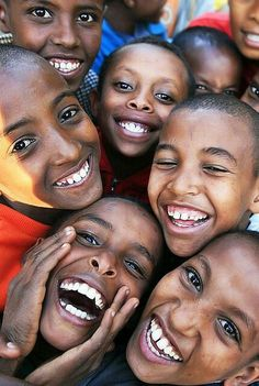 Love those smiles! Ethiopian children. #Ethiopia #Adoption www.adoptlanguage.com
