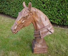 HORSE HEAD BUST SCULPTURE AND PILLAR TOP FINIAL | Garden ...