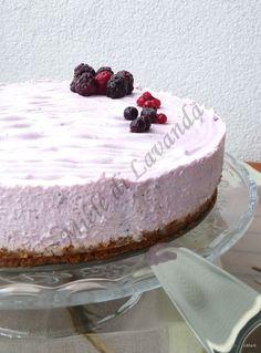 ricetta torta fredda allo yogurt, una torta che si adatta bene ad ogni circostanza ed ogni situazione