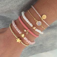 Mooie nieuwe armbandjes online! Perfecte schoencadeautjes ♡   www.mint15.nl  #armcandy #armbanden #sieraden #jewelry #schoencadeau #cadeaus #cadeautjes #sint #sinterklaas #kerst #nieuwonline #armbandjes #bracelets #christmasgift #perfectgift #stars
