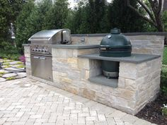 Outdoor Kitchen, Green Egg
