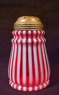Rare Ring Neck Cranberry Opalescent Stripe Sugar Shaker