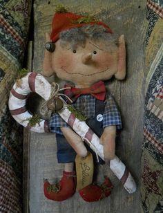 Primitive Pattern Ernie The Elf A Cute Little Christmas Elf Merry Christmas ! Christmas Elf Doll, Xmas Elf, Christmas Swags, Christmas Sewing, Primitive Christmas, Little Christmas, Christmas Decorations To Make, Primitive Snowmen, Christmas Fairy