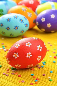 復活祭用に特別に装飾された鶏卵「イースター・エッグ」は、イエス・キリストの復活のシンボル