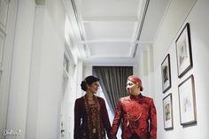 Intimate Peranakan Wedding of Laksari and Eko - the bride dept laksari eko peranakan kuntskring
