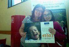 Che sorrisi al mercatino di #FondazioneAriel in Humanitas! Samanta e la mamma Pamela sono pronte a farsi immortalare con il nostro numero solidale: #45503. Basta un SMS o chiamata da rete fissa per regalare tanti sorrisi ai #bambini con #disabilità! #SMSsolidale #felicità #sorriso #CampagnaSMS bit.ly/Ariel_SMS2016