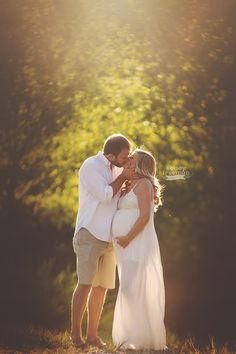 maternity photos outside - Google Search