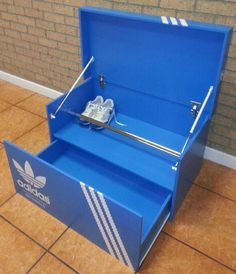 A look at the incredible Adidas shoe storage boxes by Monstor Colors, styled like Adidas Shoe Boxes and the perfect shoe rack for Adidas collectors. Shoe Box Design, Wood Projects, Woodworking Projects, Giant Shoe Box, Sneaker Storage, Shoe Box Storage, Diy Shoe Rack, Shoe Racks, Cool Items