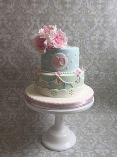 tarta de cumpleaños estilo de la vendimia