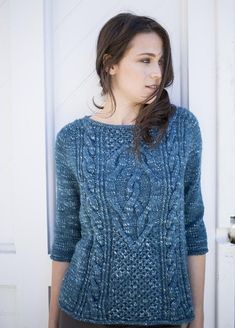 Free knitting pattern for cable pullover sweater knit top down designed by Norah Gaughan Cable Knitting, Sweater Knitting Patterns, Knitting Designs, Knit Patterns, Free Knitting, Knitting Magazine, Fashion Moda, Pulls, Knit Crochet