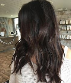 Long Wavy Ash-Brown Balayage - 20 Light Brown Hair Color Ideas for Your New Look - The Trending Hairstyle Bronde Hair, Brown Hair Balayage, Brown Hair With Highlights, Brown Blonde Hair, Brunette Hair, Blonde Honey, Long Brunette, Brunette Highlights, Brunette Color